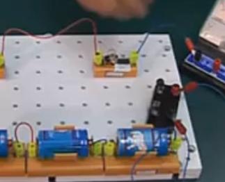 初中物理实验:探究串、并联电路中电流的规律【视频】